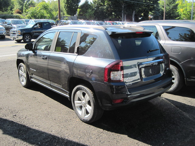 Certified Pre-Owned 2016 Jeep Compass Latitude