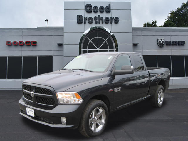 Certified Pre-Owned 2017 Ram EXPRESS QUAD CAB 4X4 Tradesman
