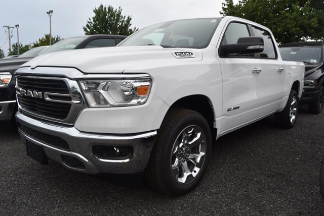 New 2020 RAM 1500 4x4 Crew Cab 5'7 Box